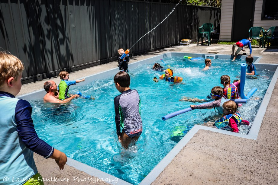 mothers-group-pool-party-2-louise-faulkner-photography-26-nov-2016-watermarked